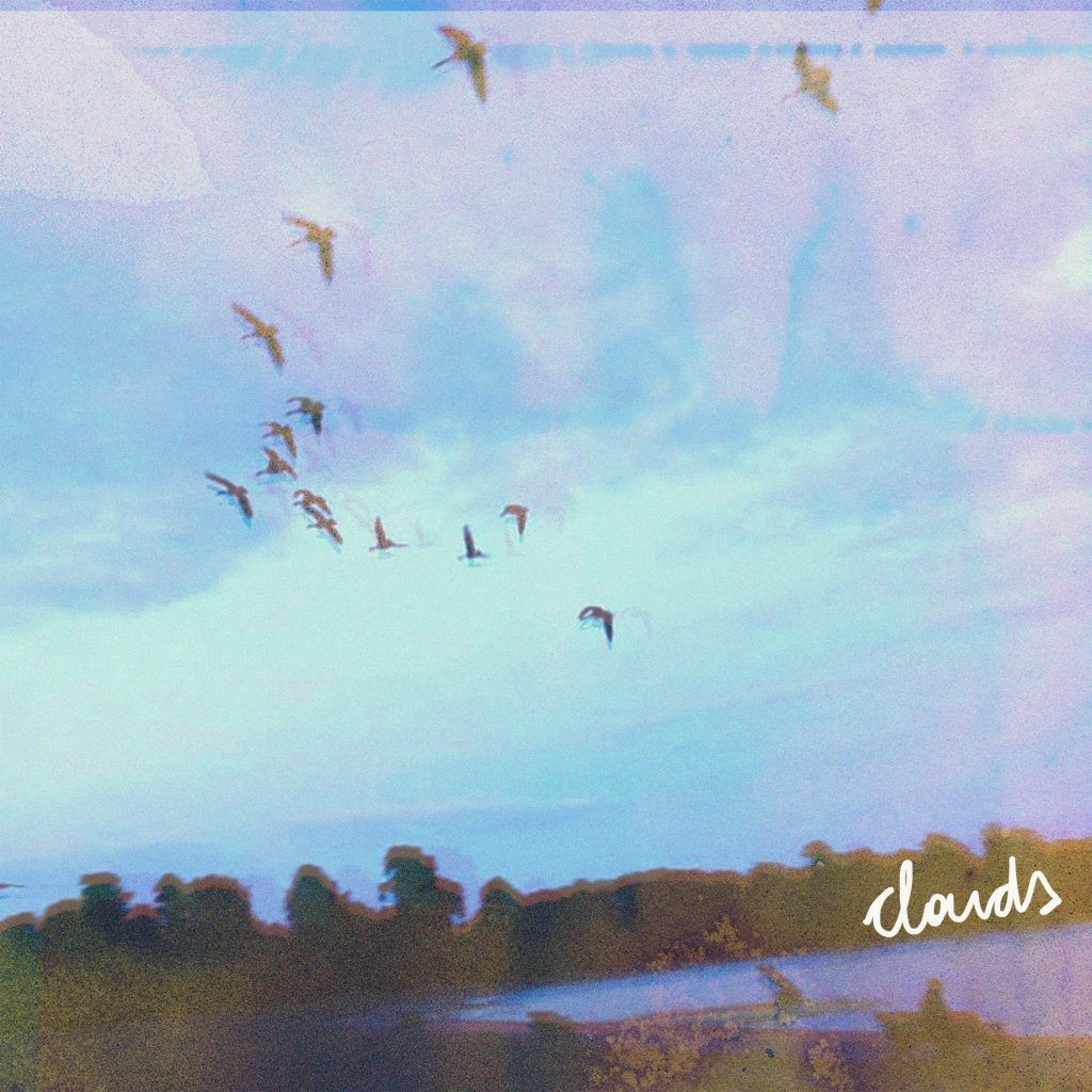 Single: Echo Upstairs – Clouds